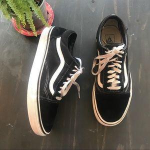 Vans old Skool black/ white lace up sneakers sz 10